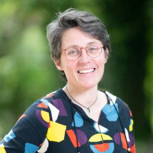 Dr Valerie Provost